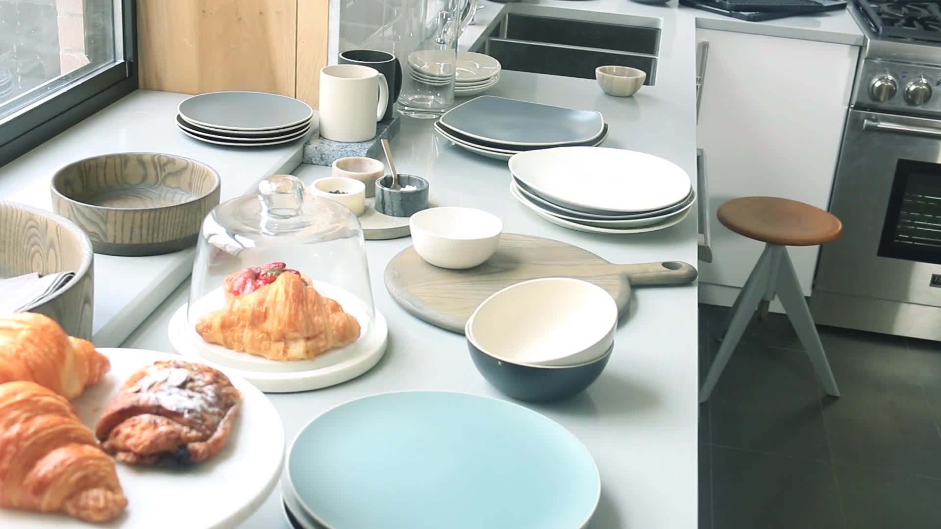 Artisanal Kitchen Supply® Curve Dinnerware Collection in Celadon ...