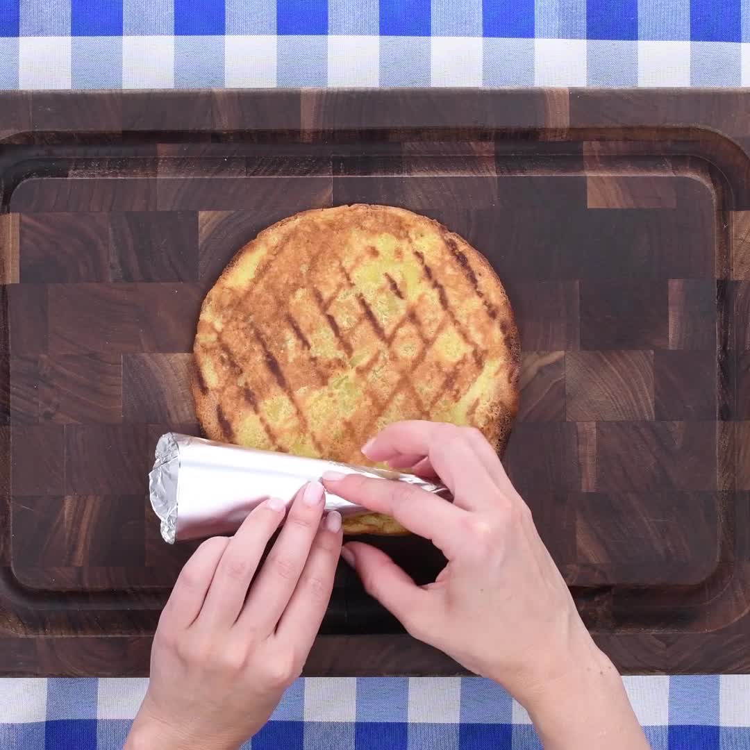 Watch The Video For Cuisinartu0026reg; Portable Electric Grill With Stand