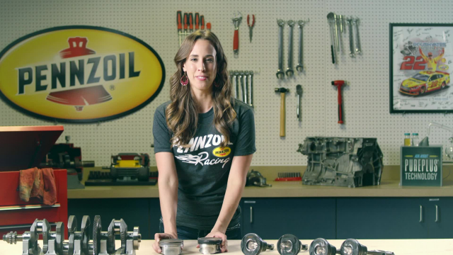 Know Your Oil - Cleaner Pistons Shanna Simmons, a Pennzoil mechanical engineer, talks about how clean pistons directly impact engine performance. Make the switch to Pennzoil® Synthetics.