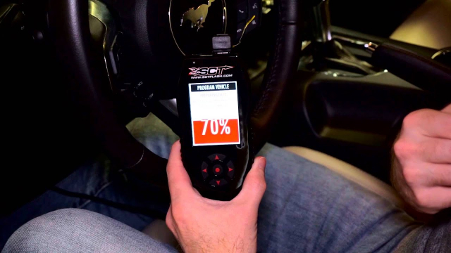 Learn to program your vehicle using the SCT X4 Programming your vehicle is quick and easy using the SCT X4 Power Flash programmer. Learn how in this video tutorial.