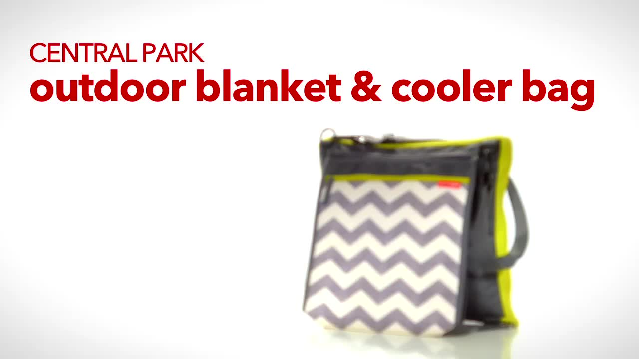 SKIP*HOP  Central Park Outdoor Blanket and Cooler Bag