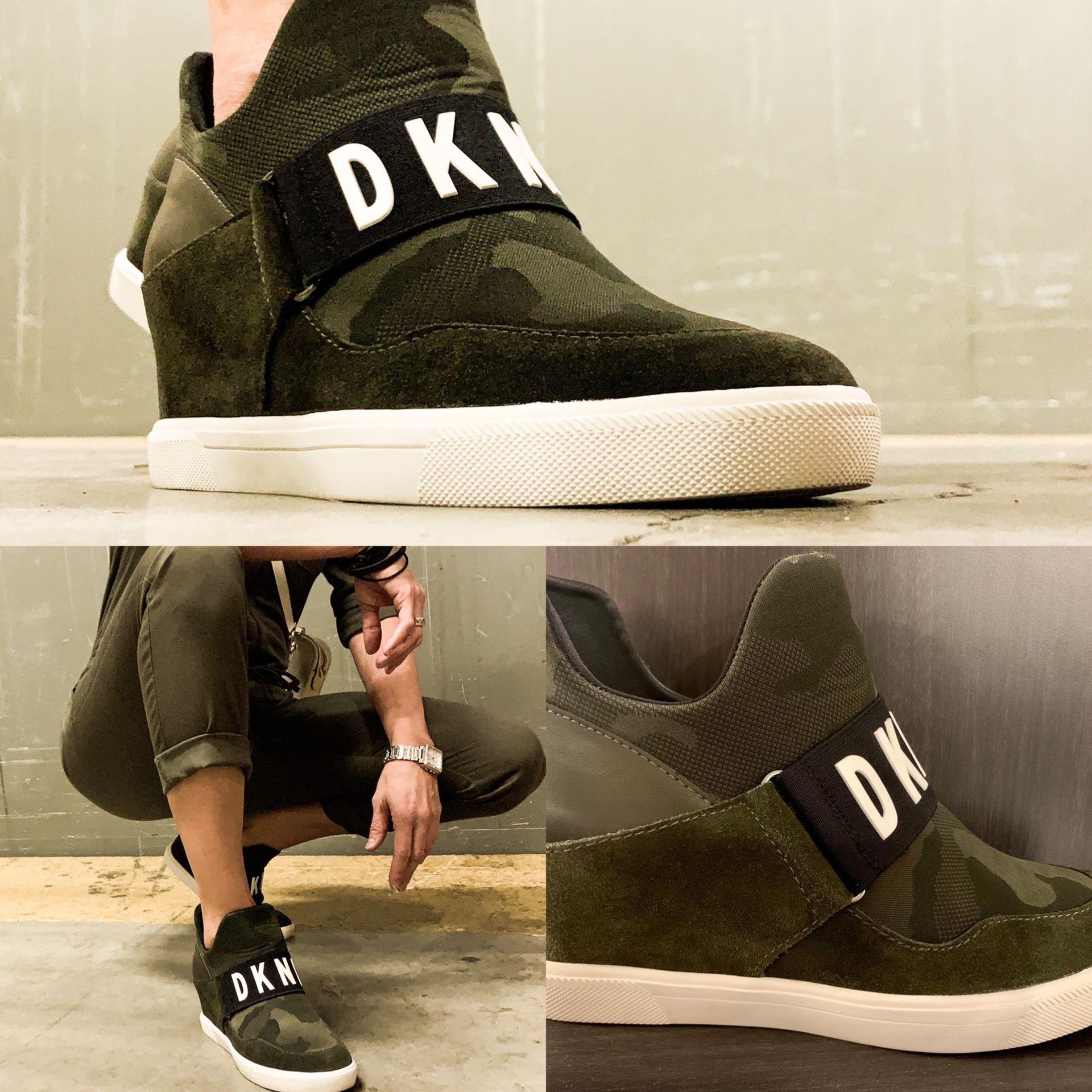 DKNY Cosmos Platform sneaker! Comfy and