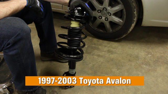 How to Replace Struts in a Toyota Avalon