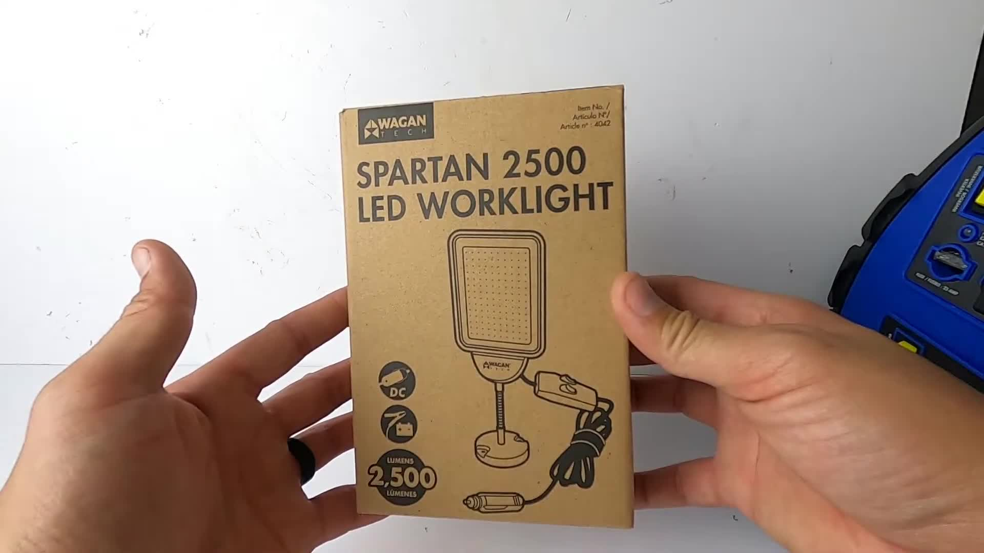 Unboxing and Demo of the Spartan 2500 LED Worklight